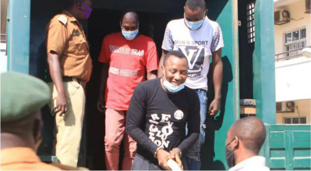 Sowore battles for bail; arrives court in handcuffs
